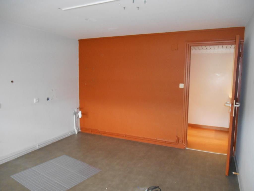 Immobilier morlaix a louer locati bureaux morlaix for Bureau de change morlaix