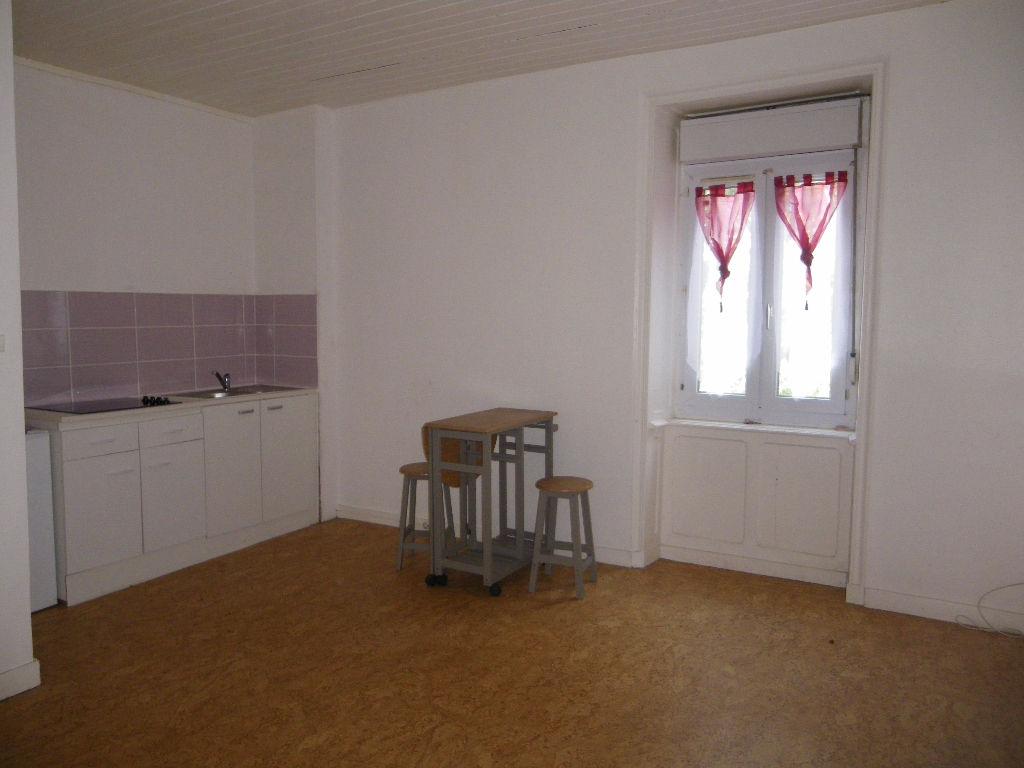 Immobilier lannilis a louer locati appartement lannilis 29870 2 pi ce s 33 - Cabinet kerjean lannilis ...